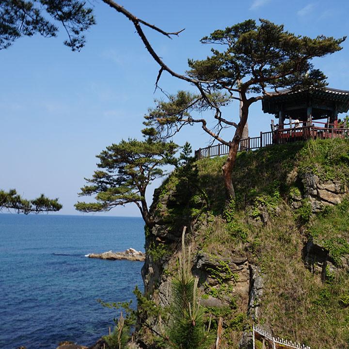 Mt.Seorak + Naksansa Temple  tour
